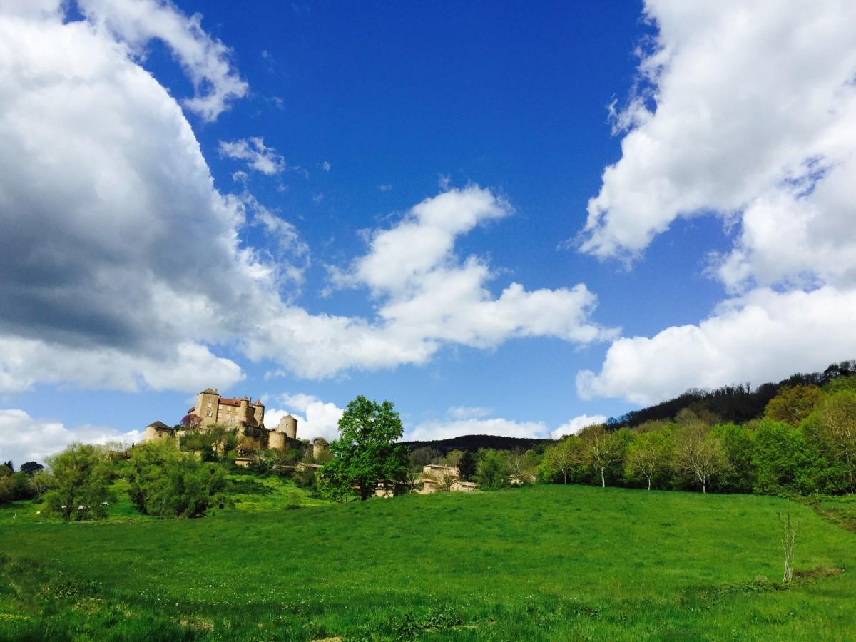chateau-medieval-berze